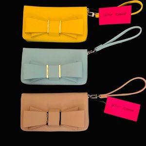 Betsey Johnson Bow Z/A Wallets